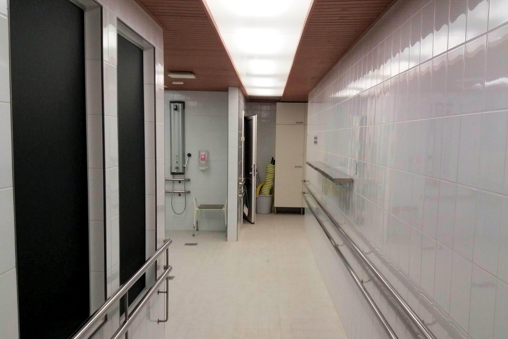 20151230-kuntoutuskeskus miesten saunaosasto_1000